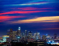 Orizzonte del centro California di tramonto di Los Angeles di notte della LA Fotografia Stock Libera da Diritti