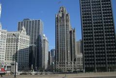 Orizzonte del Chicago - costruzione della tribuna Immagini Stock