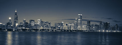 Orizzonte del Chicago panoramico Fotografie Stock