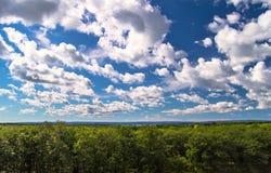 Orizzonte del cielo blu Immagini Stock