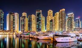 Orizzonte del porticciolo del Dubai, Dubai, Emirati Arabi Uniti Fotografia Stock Libera da Diritti