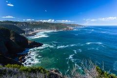 Orizzonte dell'oceano della linea costiera della baia di Herolds fotografia stock