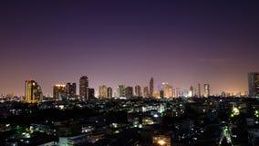 orizzonte della città alla notte Immagine Stock