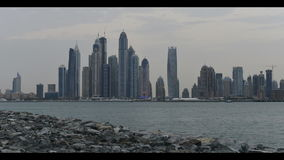 Orizzonte della città del Dubai stock footage