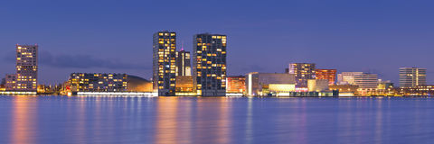 Orizzonte della città di Almere nei Paesi Bassi Fotografia Stock