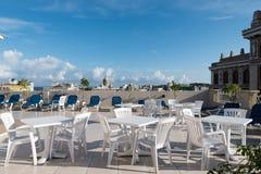Orizzonte della città di Avana con la scena all'aperto dell'hotel del tetto su priorità alta Immagini Stock Libere da Diritti