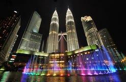Orizzonte della città di Kuala Lumpur, Malesia Torri gemelle di Petronas Immagini Stock