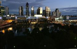 Orizzonte della città di Melbourne fotografie stock