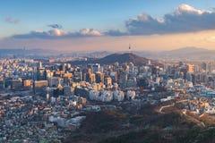 Orizzonte della città di Seoul, la migliore vista della Corea del Sud fotografia stock libera da diritti