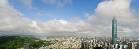 Orizzonte della città di Taipeh Fotografia Stock Libera da Diritti