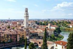 Orizzonte della città di Verona da Castel San Pietro Immagine Stock Libera da Diritti