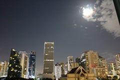 Orizzonte della luna di Sukhumvit, Bangkok Immagini Stock Libere da Diritti