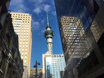 Orizzonte della torre del cielo di Auckland Fotografie Stock