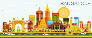 Orizzonte di Bangalore con le costruzioni ed il cielo blu di colore Fotografia Stock Libera da Diritti