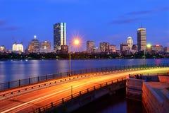 Orizzonte di Boston ed azionamento commemorativo Fotografie Stock Libere da Diritti