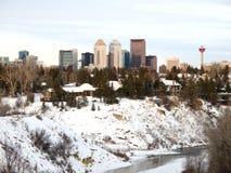 Orizzonte di Calgary in inverno Immagine Stock
