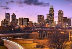 Orizzonte di Charlotte dei quartieri alti fotografia stock libera da diritti