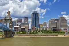 Orizzonte di Cincinnati fotografie stock