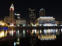 Orizzonte di Columbus alla notte Immagine Stock