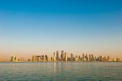 Orizzonte di Doha al 29 ottobre 2010 Fotografia Stock