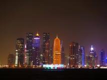 Orizzonte di Doha Qatar fotografie stock