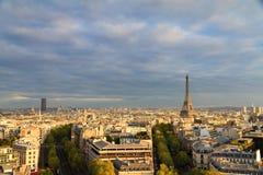 Orizzonte di Eiffel dell'arco fotografia stock libera da diritti