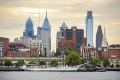 Orizzonte di Filadelfia della nave della goletta immagini stock libere da diritti