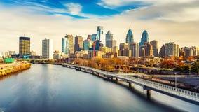 Orizzonte di Filadelfia e fiume di Schuylkill, U.S.A. Fotografia Stock Libera da Diritti