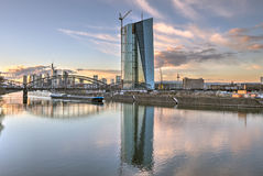 Orizzonte di Francoforte e della banca centrale europea Fotografie Stock Libere da Diritti