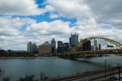 Orizzonte di giorno di Pittsburgh Fotografie Stock Libere da Diritti