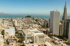 Orizzonte di giorno di San Francisco, California, U.S.A. Immagini Stock
