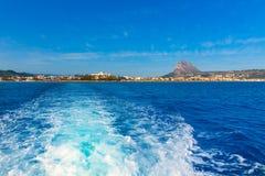 Orizzonte di Javea Xabia dal mar Mediterraneo Spagna Immagini Stock