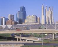Orizzonte di Kansas City, Missouri con 10 da uno stato all'altro Fotografie Stock