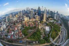 Orizzonte di Kuala Lumpur con la vista dell'occhio di pesce Fotografie Stock Libere da Diritti