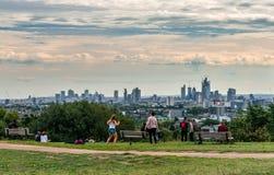 Orizzonte di Londra dalla collina del Parlamento immagini stock