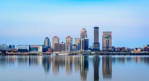 Orizzonte di Louisville ad alba Immagine Stock