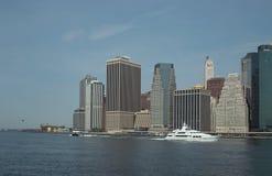 Orizzonte di lungomare di Manhattan New York fotografie stock libere da diritti