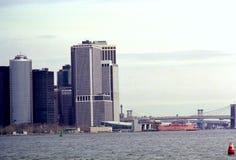 Orizzonte di lungomare di New York del Lower Manhattan fotografia stock