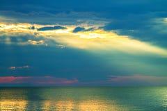 Orizzonte di mare ad alba di mattina Fotografia Stock Libera da Diritti