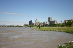 Orizzonte di Memphis sopra il fiume Mississippi Fotografia Stock