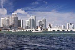 Orizzonte di Miami un giorno soleggiato Immagine Stock Libera da Diritti