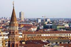 Orizzonte di Milano Immagini Stock