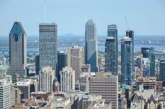 Orizzonte di Montreal di estate immagini stock