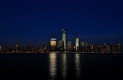 Orizzonte di New York alla notte Fotografia Stock Libera da Diritti