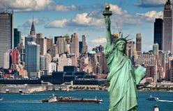 Orizzonte di New York City di concetto di turismo immagini stock
