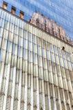 Orizzonte di New York City Manhattan Cielo blu, alte costruzioni Priorità bassa della città Immagine Stock