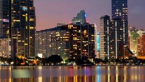 Orizzonte di notte di Miami stock footage
