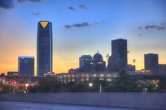 Orizzonte di Oklahoma City alla notte Fotografie Stock