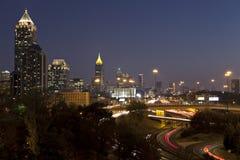 Orizzonte di paesaggio urbano di Atlanta, Georgia al crepuscolo fotografia stock libera da diritti