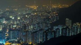Orizzonte di paesaggio urbano di Hong Kong del timelapse di notte del picco di Kowloon dello shan di ONG di Fei archivi video